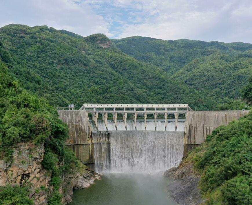 水电板块提前3个月完成年度发电任务
